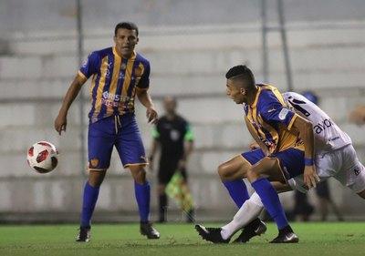 Nacional y Luqueño dividieron puntos