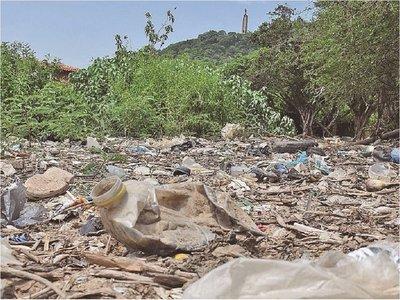 Plástico contamina cursos hídricos, pero no paran su uso indiscriminado