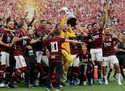 Flamengo gana Copa Libertadores después de 38 años con un agónico triunfo sobre River