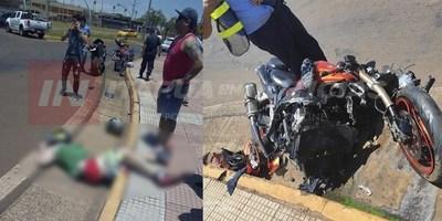 MOTOCICLISTA EN ESTADO GRAVE TRAS ACCIDENTE EN LA COSTANERA REPÚBLICA DEL PARAGUAY