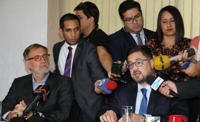 """HOY / Operación 'bandeirante': """"Quieren castigar el liderazgo de Horacio Cartes"""""""
