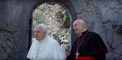 ¿Un papa bueno y otro malo? Hopkins y Pryce protagonizan drama vaticano