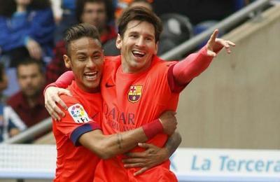 Messi habría tratado de convencer a Neymar de regresar al Barcelona para tomar su relevo