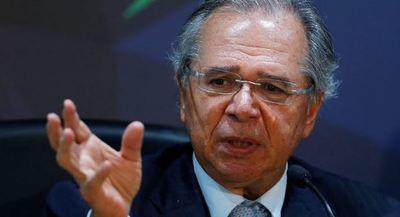 Un ministro brasileño justifica dictadura en respuesta a las movilizaciones sociales