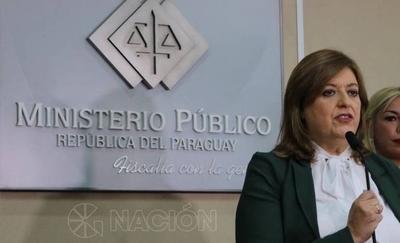 """HOY / Funcionarios y fiscales expresan su respaldo a Sandra Quiñónez ante """"cháke"""" de juicio político"""