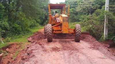Santa Rosa; coordinan acciones para trabajos de mantenimiento de caminos vecinales