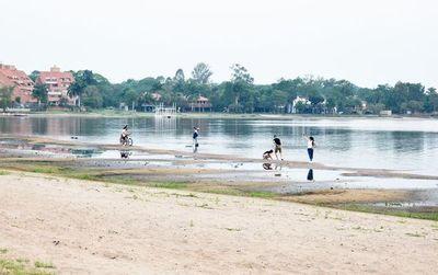 Intendente plantea modificar ley para realizar dragado en el lago Ypacaraí