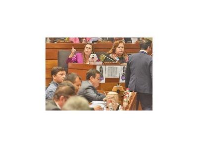 Diputados sancionan regulación de uso de celulares en escuelas