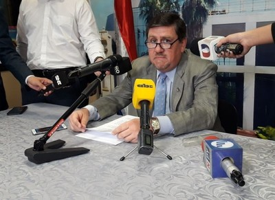 Llano se pronuncia sobre 'abuso de autoridad' de Payo Cubas
