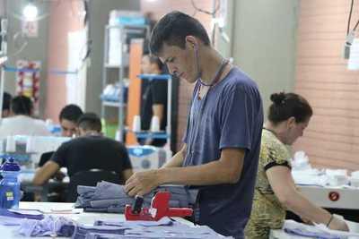 Caazapá cierra el año con más 3.300 formados en cursos de rápida salida laboral