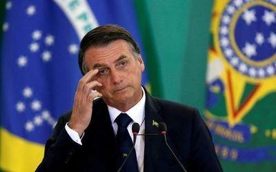 """Denuncian a Bolsonaro por """"incitación al genocidio"""" ante el Tribunal Penal Internacional"""