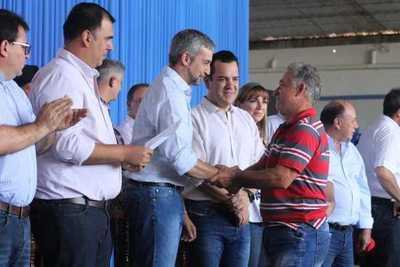 Presidente anuncia construcción de nuevo hospital y más infraestructura vial para Caazapá