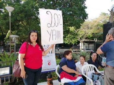 Funcionarios judiciales levantan huelga y esperan suba salarial