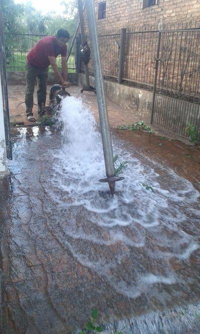 Tras varios días de protestas, se regulariza provisión de agua en Carapeguá