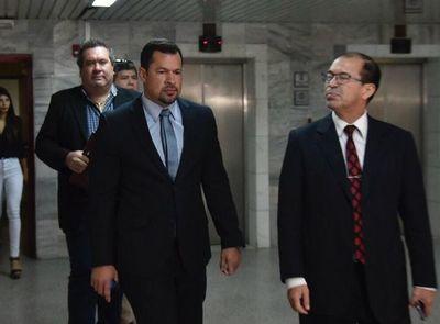 Quintana fue a Palacio y espera decisión que podría regresarlo a la cárcel