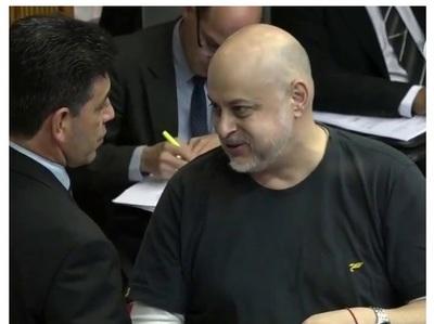 """Expulsión de Payo Cubas fue una """"victoria del poder económico"""", según senador Ríos"""