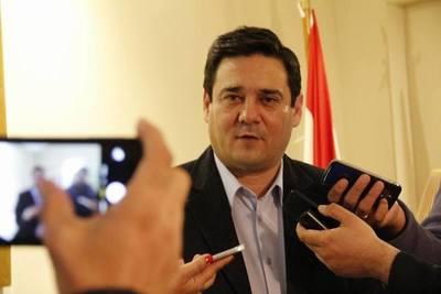 Buzarquis: Paraguayo Cubas debe volver en la próxima sesión porque expulsión es nula