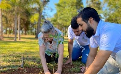 HOY / A Todo Pulmón cierra el año con más de 450.000 árboles plantados