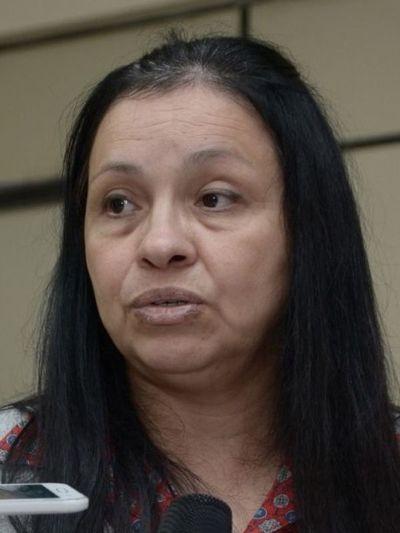 Esposa de exsenador reclama ante el TSJE
