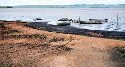 Insisten en el dragado del lago Ypacaraí como solución definitiva a contaminación