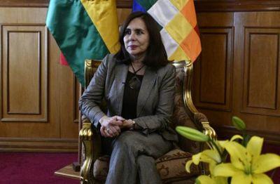 """""""Teníamos que actuar ante la injerencia de Venezuela"""", dice canciller boliviana"""