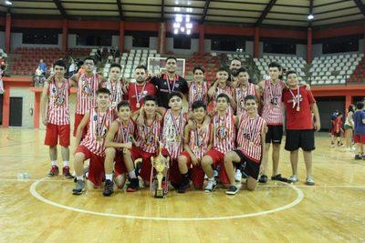 Basquet: U13 no se qudó atrás y también se coronó campeón!!
