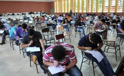 4.851 postulantes rinden hoy el examen del proceso selectivo en Itaipu