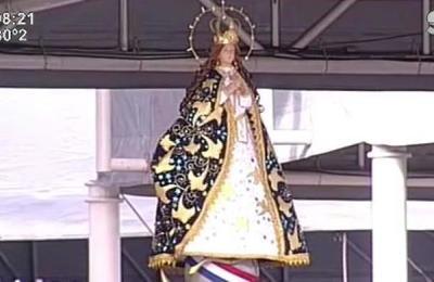 Paraguayos celebraron el Novenario de la Virgen de Caacupé