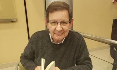 Carlos Martini recordó su niñez al ver un retrato suyo