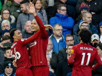 El Liverpool sufre para dejar al Manchester City a once puntos