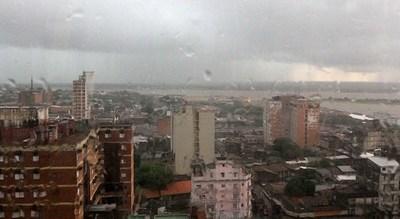Inicio del último mes del año con lluvias y tormentas