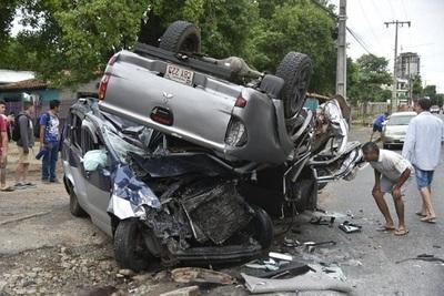 Accidente sobre la Transchaco deja tres fallecidos