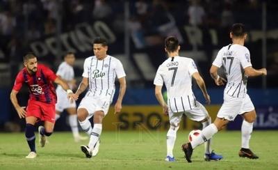 HOY / Cerro Porteño recibe a Libertad con un dilema a cuestas