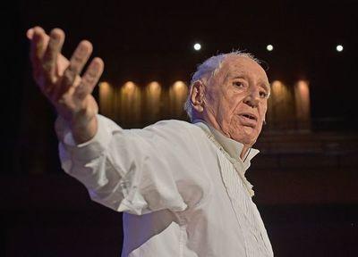 """Zé Celso, 60 años de teatro en Brasil con """"la insurección en el cuerpo"""""""