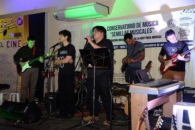 Conservatorio musical de Ayolas cierra año lectivo
