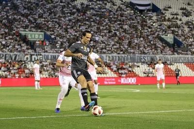 Olimpia vence a Sportivo San Lorenzo y está a un paso del título