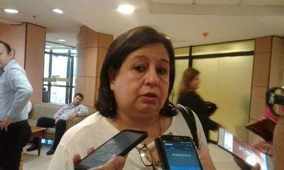 """Puja por banca de Payo: Esperanza Martínez reafirma que el lugar le corresponde a """"Kencho"""""""