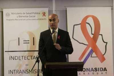 El VIH se puede volver indetectable e intransmisible con un tratamiento adecuado, afirma Salud Pública