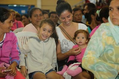 Tekoporâ y otros programas del Gobierno, claves para reducir desigualdades en Paraguay