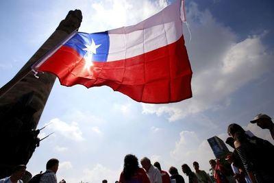 Chile: la economía se desploma 3,4% en octubre por la crisis social