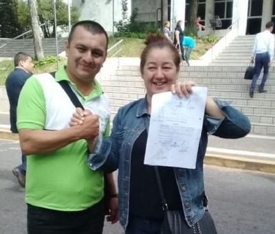 Sindicalista vuelve al MEC tras fallo judicial
