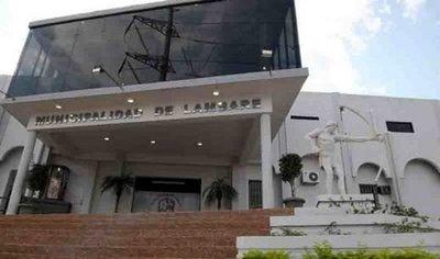 Municipalidad de Lambaré: funcionarios van a huelga