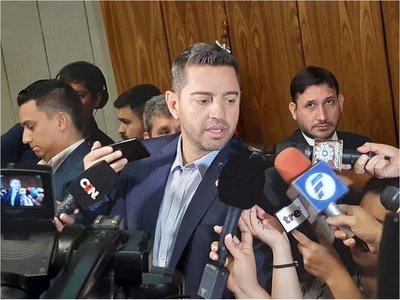 """Pedro Alliana habla de """"inminente"""" expulsión de Ulises Quintana"""