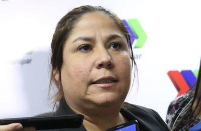 """Samudio dice desconocer nexo entre proveedora de regalos y """"Bicho"""" Riveros"""