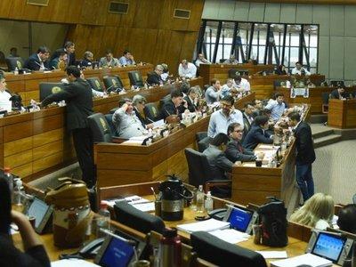 Diputados se planta y ratifica los polémicos aumentos para el 2020