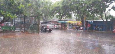 Prevén jornada cálida, con lluvias y tormentas en todo el país