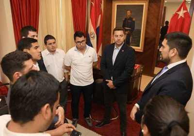 Elecciones juveniles de la ANR podría desarrollarse el 15 de diciembre, anuncian