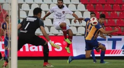 HOY / Luqueño quiere jugar el lunes en Sajonia con Cerro