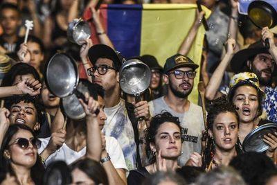 Lenta asfixia que amenaza economía mundial puede aumentar ira social