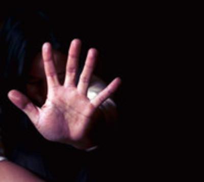 Mujer es brutalmente agredida por policía San Juan Bautista